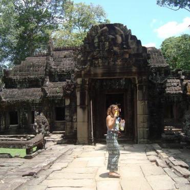 Angkor Watt exploring and eating sweetcorn